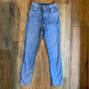 Abercrombie & Fitch Cropped Skinny Jeans